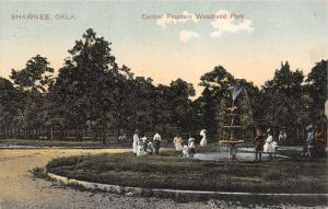 Shawnee Oklahoma~Woodland Park~Children Play in Central Fountain~1910 PCK PC