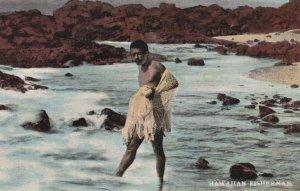 Fisherman with net , Hawaii , 1900-10s
