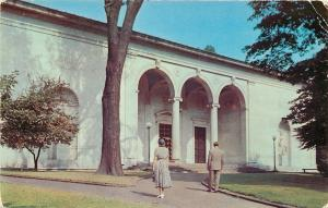 Youngstown Ohio~Folks Dressed Up, Enter Butler Art Institute~1950s Postcard