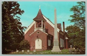 Dover Delaware~Old Christ Church Exterior~Standard Chrome Postcard