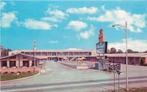 Elizabethtown Kentucky~Holiday Motel & Restaurant~Sun Umbrellas~Hwy Signs 1966