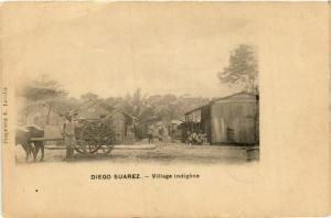 CPA DIEGO-SUAREZ Village indigene MADAGASCAR (709614)