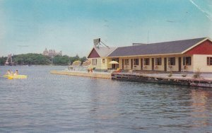 ALEXANDRIA BAY, New York, 1940s to Present; Riveredge Motel