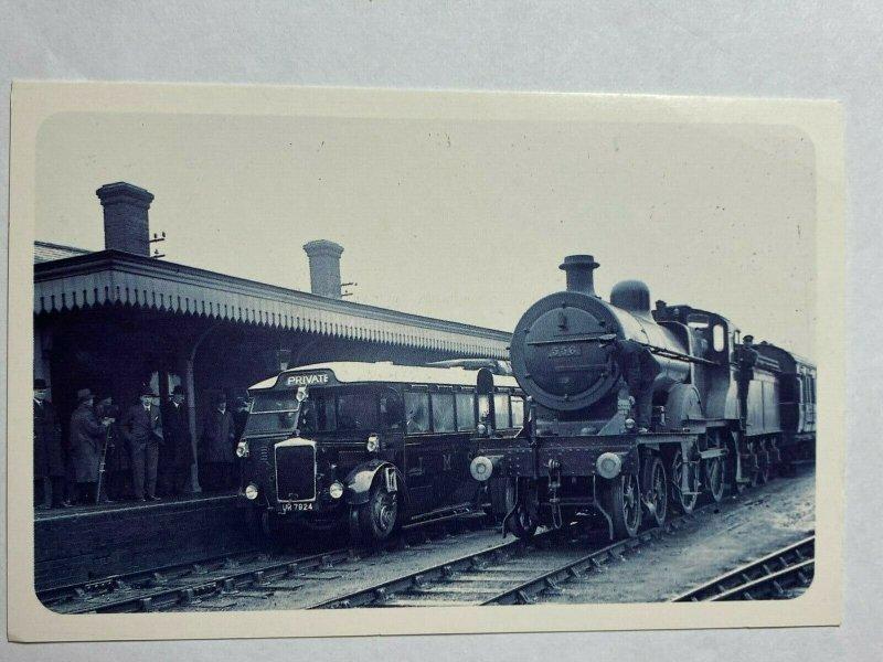 NOSTALGIA REPRODUCTION POSTCARD - RO RAILER 1931  (KK1583)