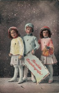 Victorian Style Girls Postcard Lot of 8    01.07