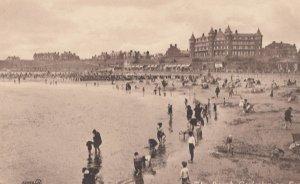 GORLESTON-on-SEA , England , 1900-10s ; The Beach