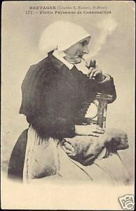 France, Old Pipe Smoking Cornish Woman, Costumes (1905)
