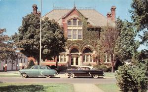 DOVER, DE Delaware    CITY HALL    Early 50's CARS    Chrome Postcard