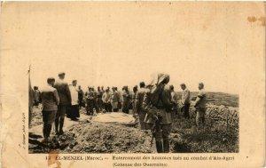 CPA AK MAROC EL MENZEL Enterrement des hommes tues au combat AIN Ageri (199338)