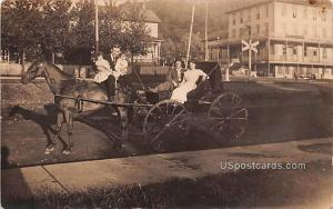 Horse and Carriage -pa_rp_0017