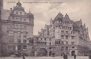 Germany Leipzig Verwaltungsbebaude mit Verbindung zum neuen Rathaus 1911