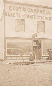 RP: NOKOMIS , Saskatchewan , Canada , 00-10s ; Storefront Evoy Bakery