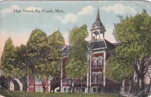 BIG RAPIDS, Michigan, PU-1915; High School