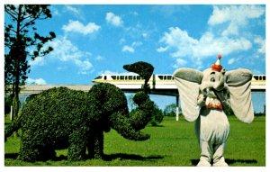 Florida Walt Disney World, Strolling Topiary Lane