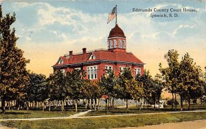 Edmunds County Court House Ipswich SD