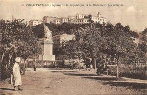 Algeria Postcard Philippeville, Square Republique et le Monument des Zouaves DF0