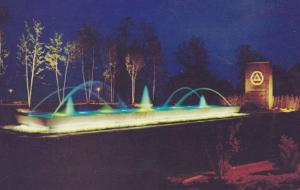 BRONTE , Ontario , 1950-60s ; Cities Service fountain, at night