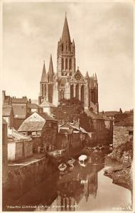 Truro Cathedral from East River Boats Bateaux Cathedrale
