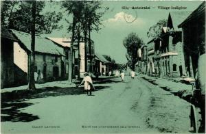 CPA Antsirabe- Village indigene MADAGASCAR (830001)