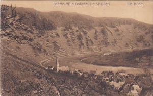 DIE MOSEL, Rhineland-Palatinate, Germany; Bremm Mit Klosterruine, 00-10s