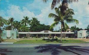 WEST PALM BEACH FL - FOUNTAIN MOTEL - 1950s view / 37th & Broadway / ADANDONED