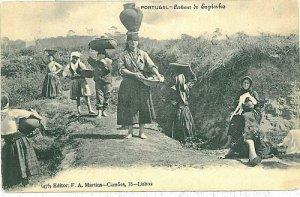 02388 ETHNIC vintage postcard: PORTUGAL - ESPINHO