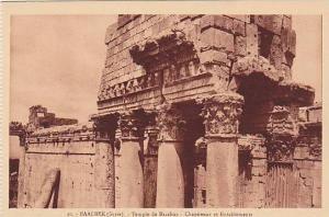 BAALBEK, Syrie, Temple de Bacchus, Chapiteaux et Entalements, Lebanon, 00-10s