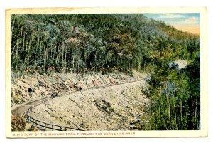 MA - Mohawk Trail. Big Turn