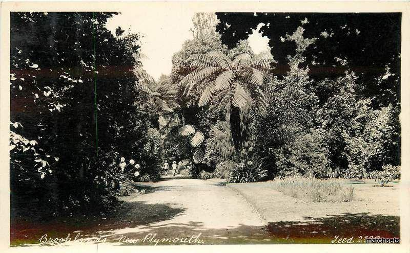 1940's Brooklands New Plymouth RPPC postcard FR15-83