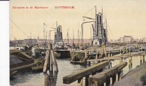ROTTERDAM , Netherlands , 00-10s ; Elevators in de Maashaven