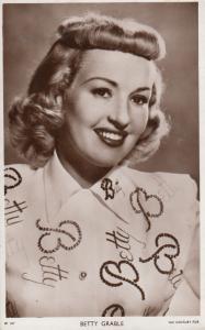 Betty Grable Vintage Picturegoer Photo Postcard