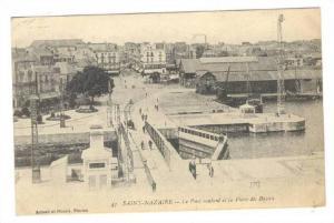 Le Pont Roulant Et La Place Du Bassin, Saint-Nazaire (Loire-Atlantique), Fran...