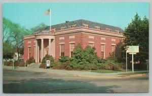 Georgetown Delaware~US Post Office~Vintage Postcard