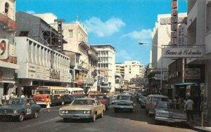 La Avenida Central, Ciudad de Panama PANAMA CITY Street Scene Vintage Postcard