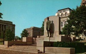 Abraham Lincoln Statue,Springfield,IL BIN