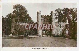 Postcard Modern Battle Abbey Gateway