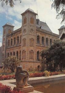 Madagascar Le Palais de la Reine a Antananarivo Statue