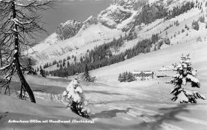 Arthurhaus mit Mandlwand Hochkoenig House Winter Mountain