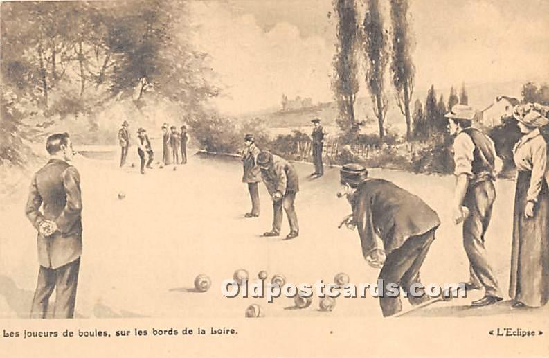 Old Vintage Lawn Bowling Postcard Post Card Les Joueurs de Boules Unused