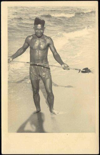 dutch new guinea, Native PAPUA Fishing Spear 1950s RPPC