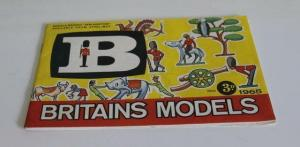 BRITAINS MODEL CATALOGUE 1965 VG CONDITION