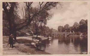 RP, Bridge, Gentleman Walking, Orstedsparken, København, Denmark, 1900-1910s