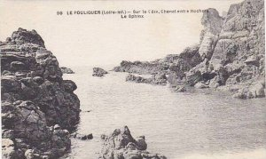 France Le Pouliguen Sur la Cote Chenal entree Rochers Le Sphinx