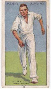 Cigarette Cards Player's Cricketers 1930 No 43 - T W Wall