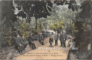 Old Vintage Lawn Bowling Postcard Post Card Maison de repos des enfants de la...