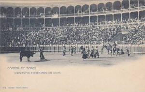 Corrida De Toros, Mazzantini Terminando Un Quite, Madrid, Spain, 1910-1920s