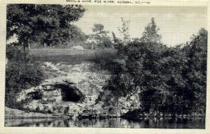 Devils Cave, Fox River - Aurora, Illinois IL