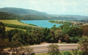 Lookout Mountain, TN, Tennessee River & Highways, Chrome Vintage Postcard g9045