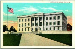 VALLEY CITY, North Dakota Postcard BARNES COUNTY COURT HOUSE Curteich c1930s