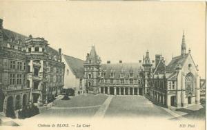 France, Chateau de Blois, La Cour, early 1900s unused Pos...